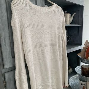 Knox Rose white sweater!